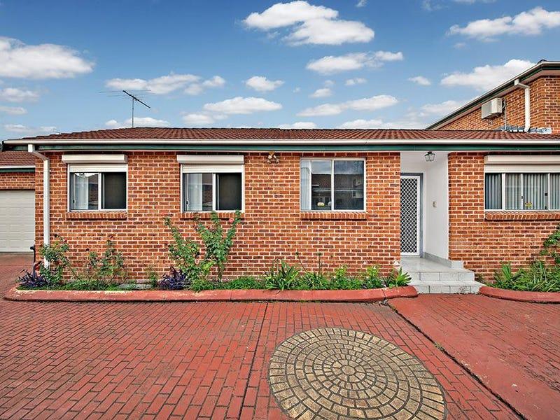 11B Broe Avenue, East Hills, NSW 2213