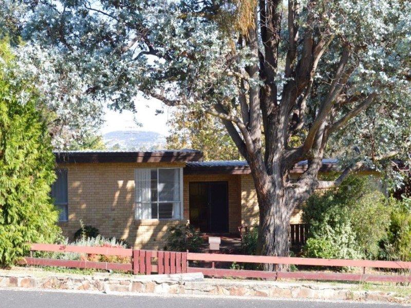 16 Veness Street, Glen Innes, NSW 2370