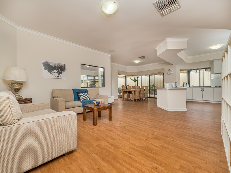 3 Jalna Way, Carramar, WA 6031