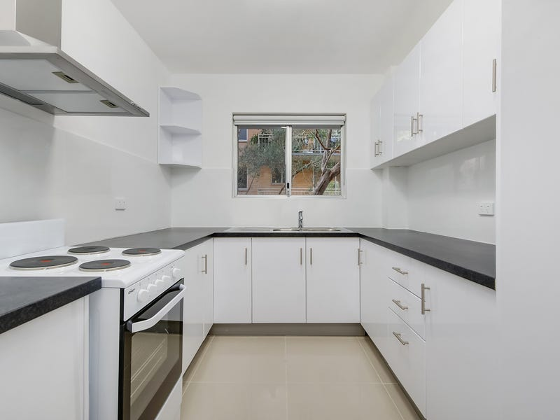 16/11 William Street, Hornsby