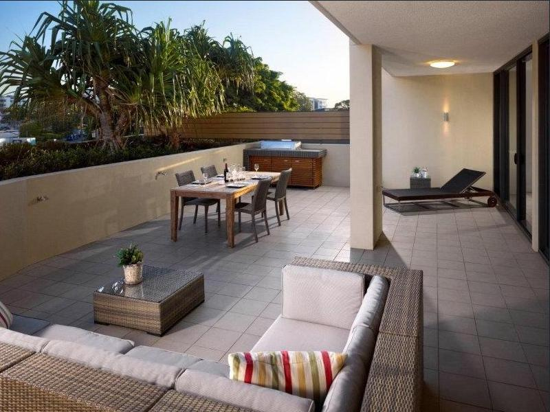 206/99 Marine Parade, Redcliffe, Qld 4020