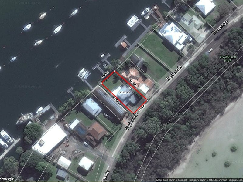17 Esplanade, Tin Can Bay, Qld 4580