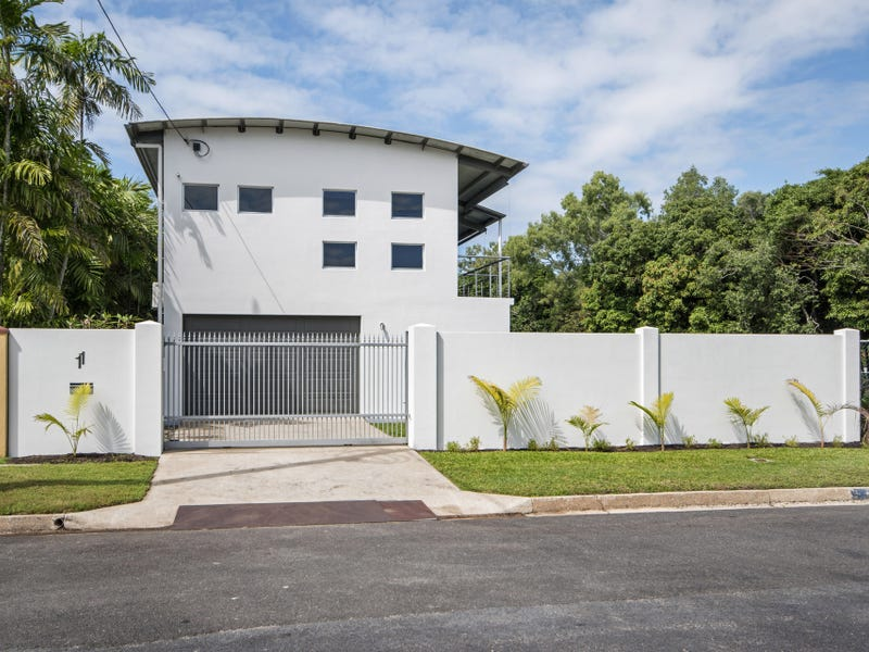 11 Gelling Street, Cairns North, Qld 4870