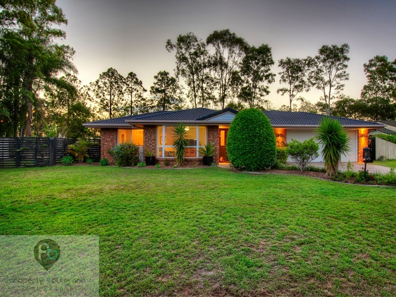 19 Conferta Place, Forest Lake, Qld 4078