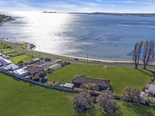 29 Foreshore Road, Kelso, Tas 7270