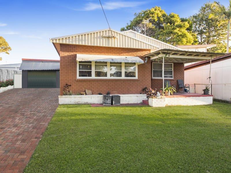 11 Ninth Avenue, Toukley, NSW 2263