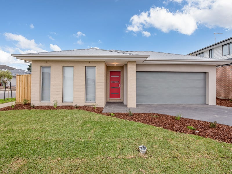 1 Leak Avenue, Cranbourne East