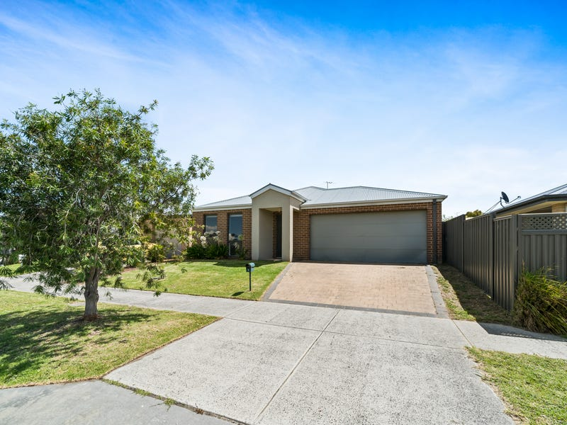 9 Burdekin Lane, Pakenham, Vic 3810
