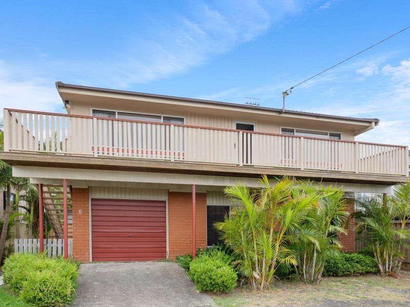 6 Manly Parade, The Entrance North, NSW 2261