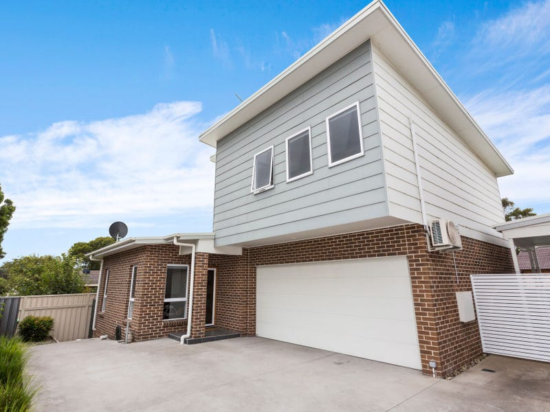 14b Storey Street, Oak Flats, NSW 2529