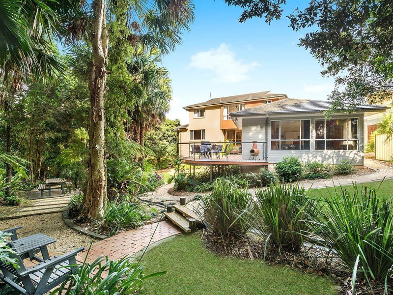 8 Ruby Close, Caves Beach, NSW 2281
