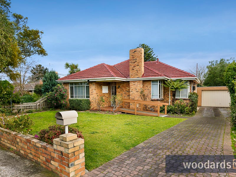 9 Hill Street, Bentleigh East