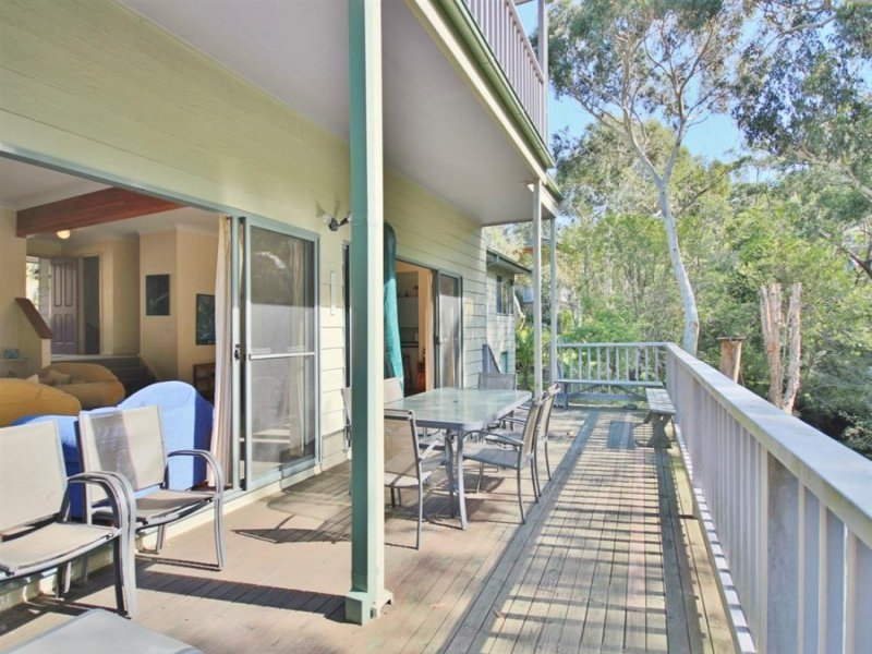 4 SilverStrand Circle, Hyams Beach, NSW 2540