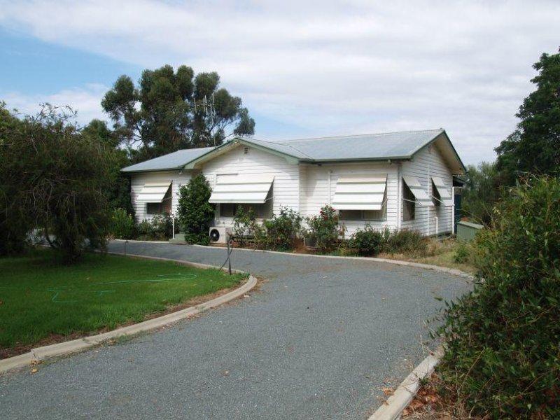 79 Waaia-Bearii Road, Waaia, Vic 3637