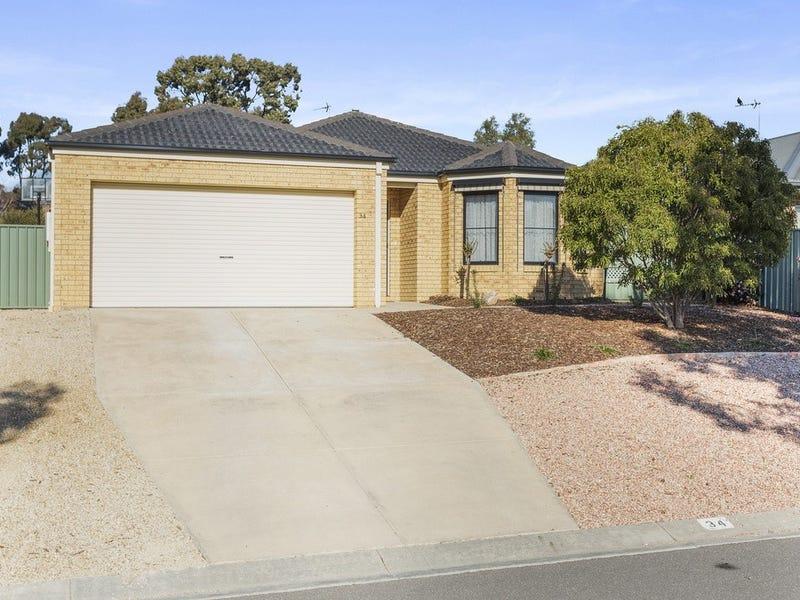34 Irontree Close, Kangaroo Flat, Vic 3555