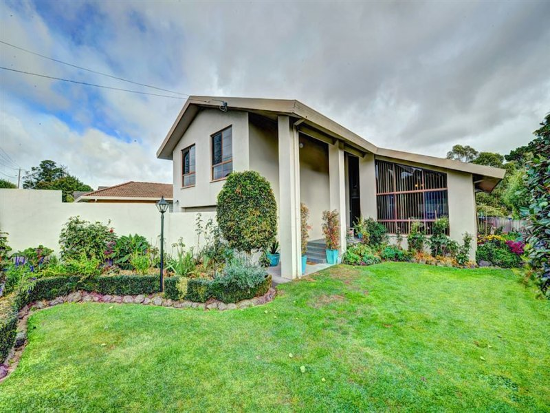 1235 Doveton Street North, Invermay, Vic 3352