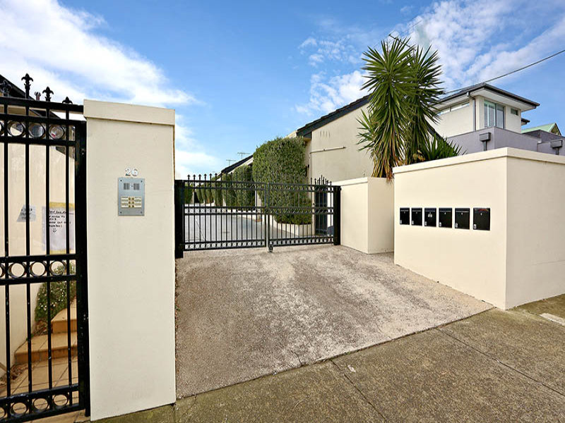 6/26 Irvine Crescent, Brunswick West, Vic 3055