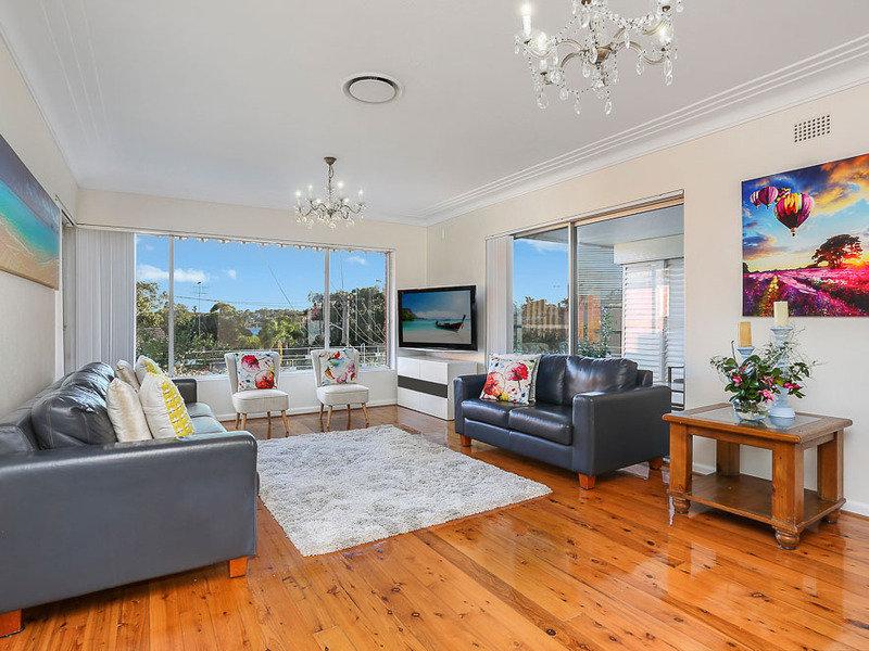 4 Tawarri Crescent, Kyle Bay, NSW 2221