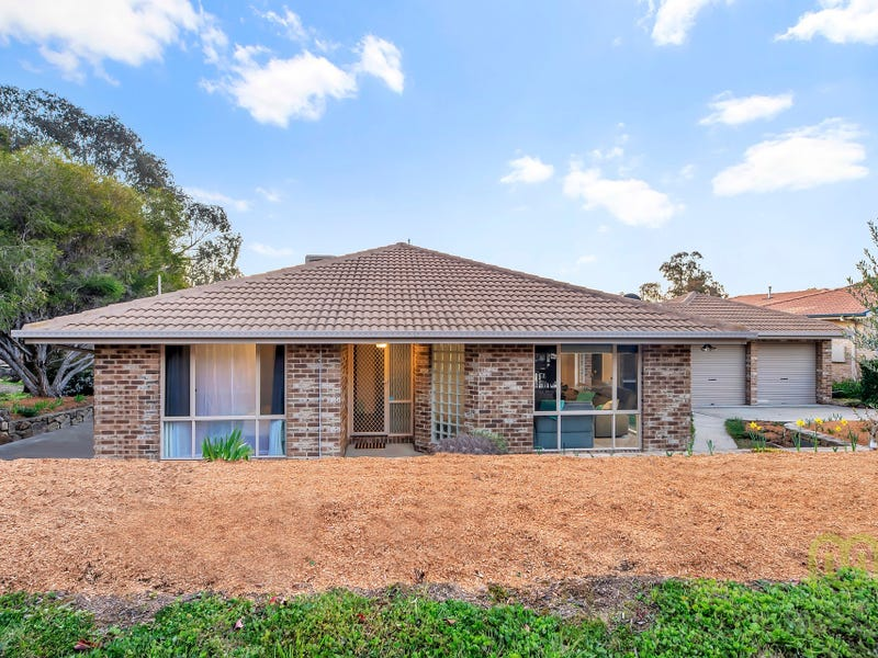 8 Stead Place, Banks, ACT 2906