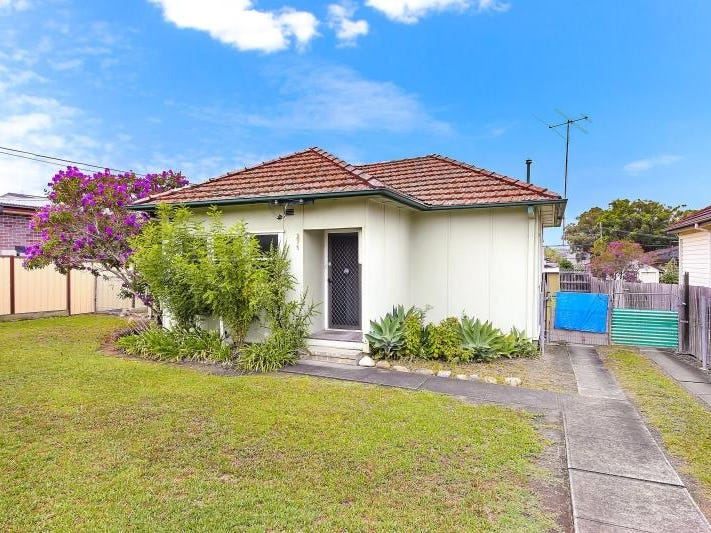 271 Noble Avenue, Greenacre, NSW 2190