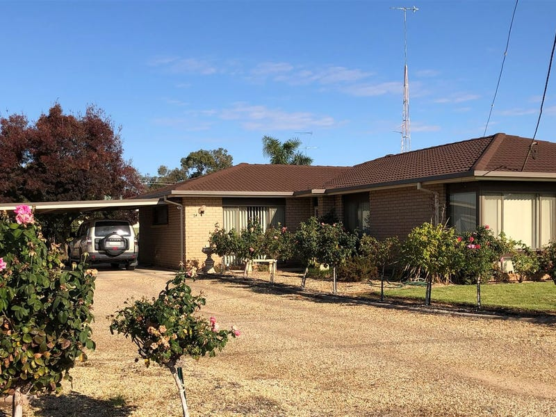 24 Brown Street, West Wyalong, NSW 2671