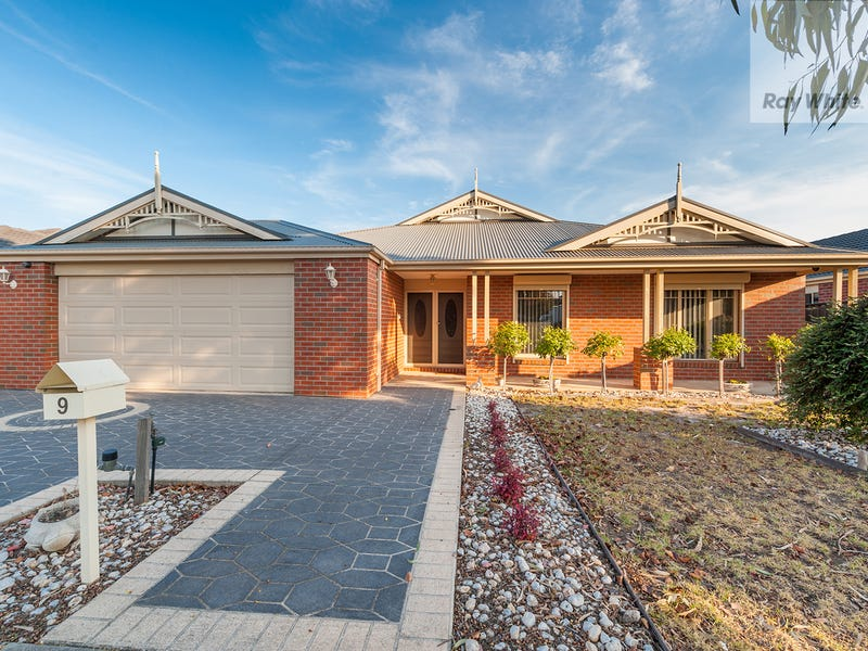 9 Serendip Crescent, Greenvale, Vic 3059