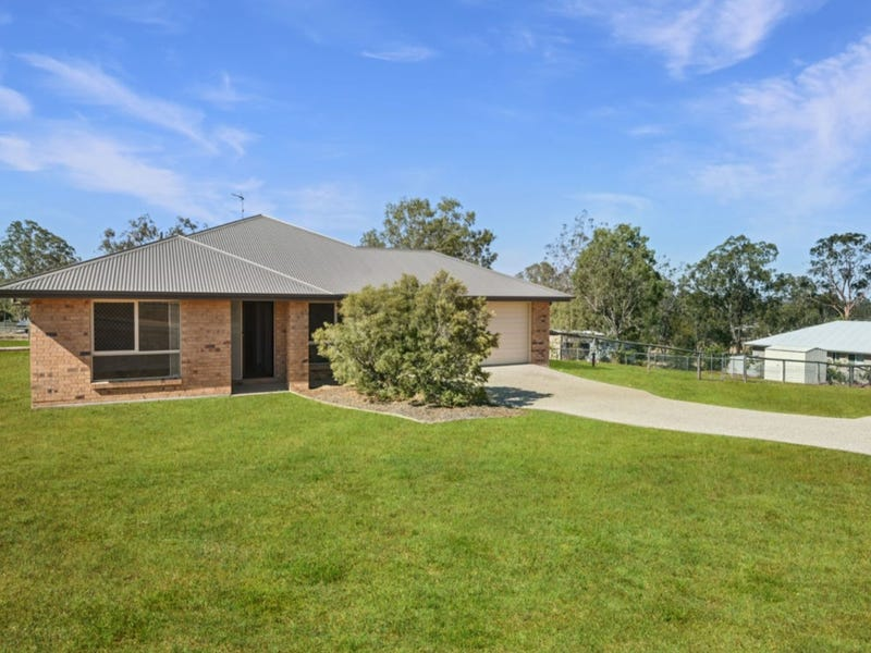 4 Casuarina Crescent, Withcott, Qld 4352