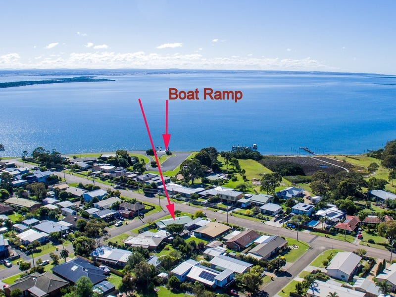 22 Bay Rd, Eagle Point, Vic 3878