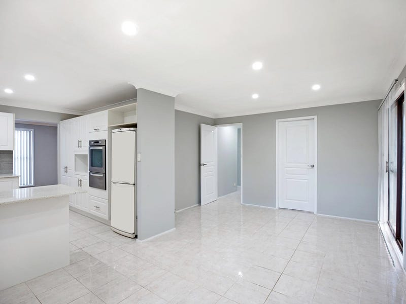 7 Lyn Place, Constitution Hill, NSW 2145