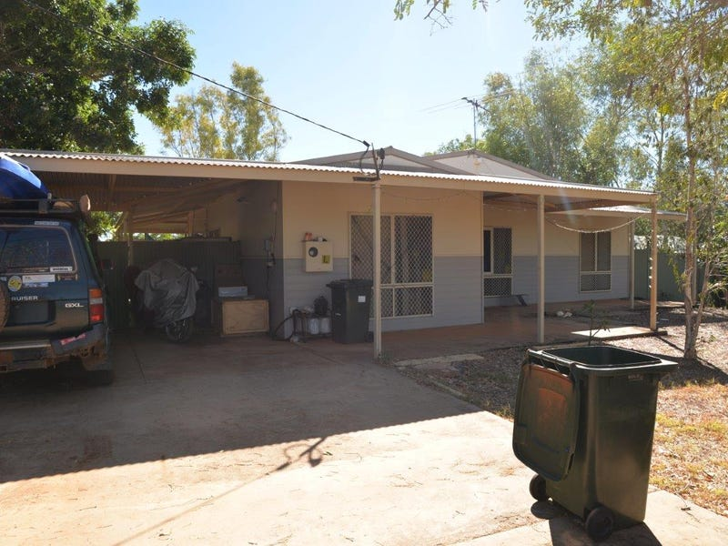 11 Bridge St, Halls Creek, WA 6770