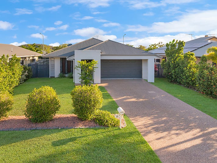 19 Fontwell Court, Mount Low, Qld 4818