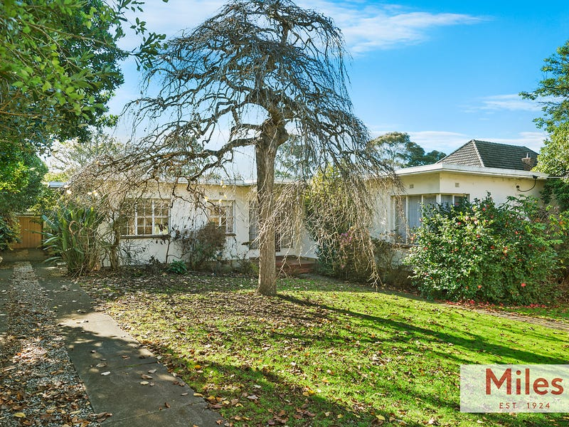 18-20 Carlsberg Road, Eaglemont, Vic 3084