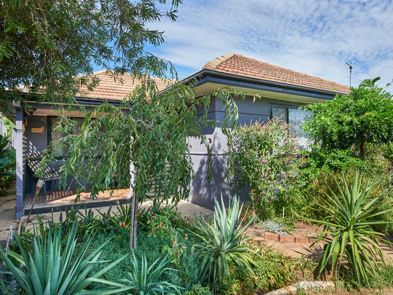 164 Fernleigh Road, Mount Austin, NSW 2650