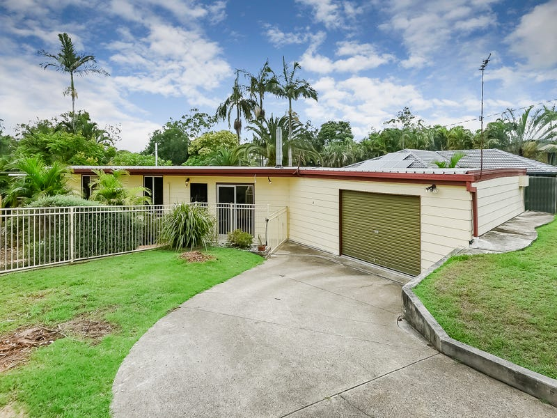 79 Conifer St, Hillcrest, Qld 4118