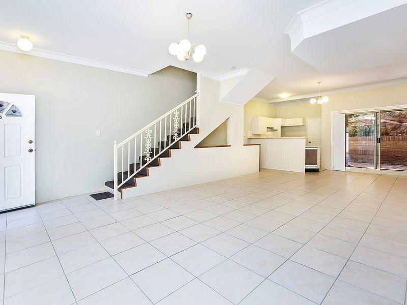 5/2 Macquarie Road, Earlwood, NSW 2206