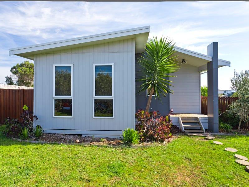 15 Hamelin Close, Corinella, Vic 3984