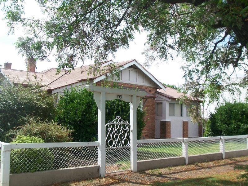 155 Sutton Street, Cootamundra, NSW 2590