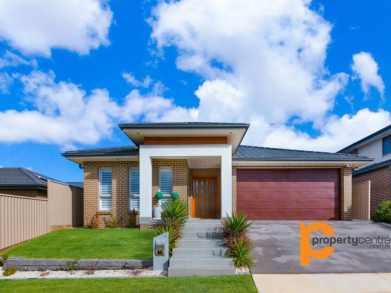 4 Patanga Crescent, Jordan Springs, NSW 2747