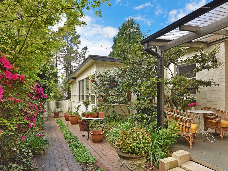 52 Balmoral Road, Leura, NSW 2780