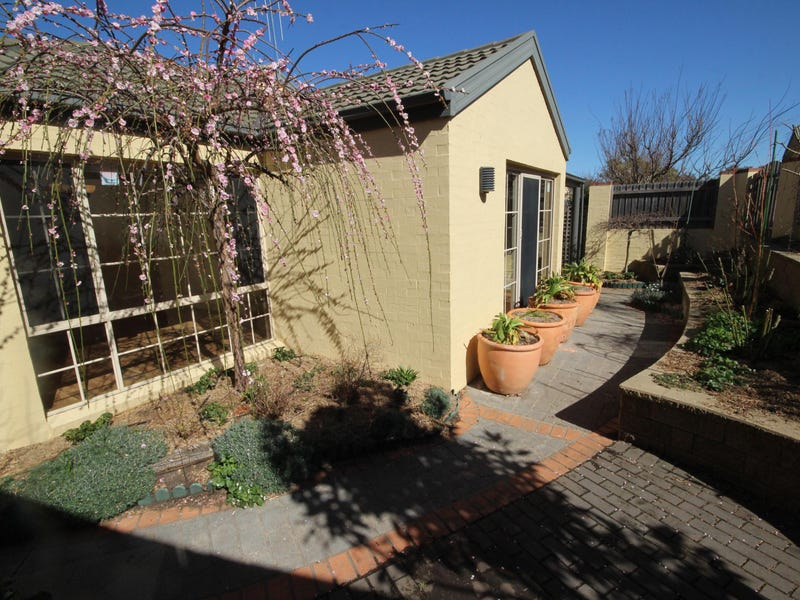 3/3 Tauss Place, Bruce, ACT 2617