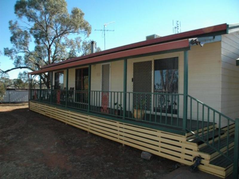 123 Railway  Rd, Peak Hill, NSW 2869