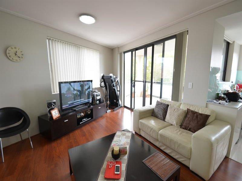 301/2a Sarsfield Cct, Bexley North, NSW 2207