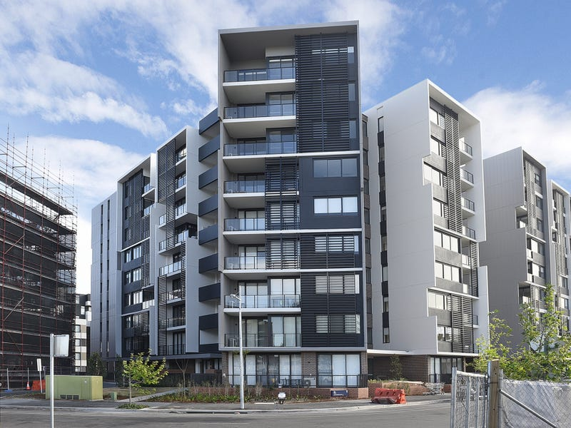 303/81A Lord Sheffield Circuit, Penrith, NSW 2750