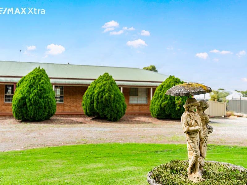 240 Luddenham Road, Orchard Hills, NSW 2748