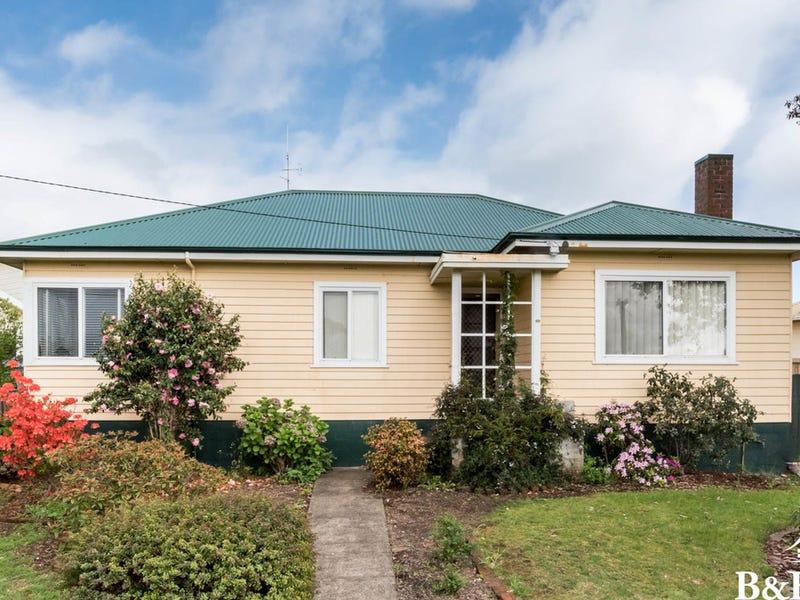 33 Ashwater Crescent, Penguin, Tas 7316