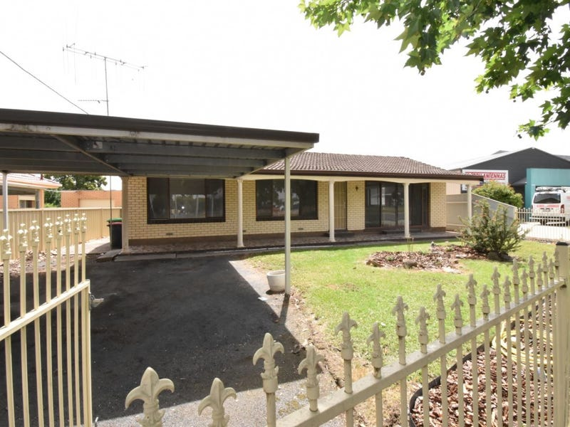 437 Urana Road, Lavington, NSW 2641