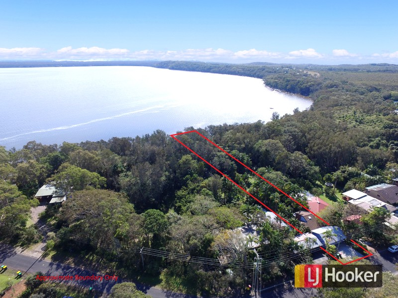 103 Lakes Boulevard, Wooloweyah, NSW 2464
