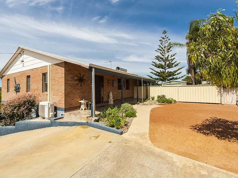 1 Bouvard Place, Preston Beach, WA 6215