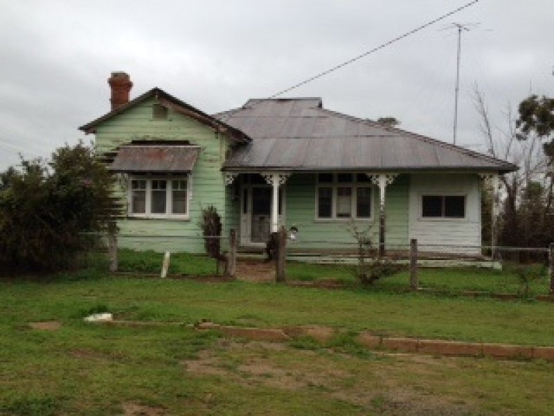 1 Spence Street, Henty, NSW 2658