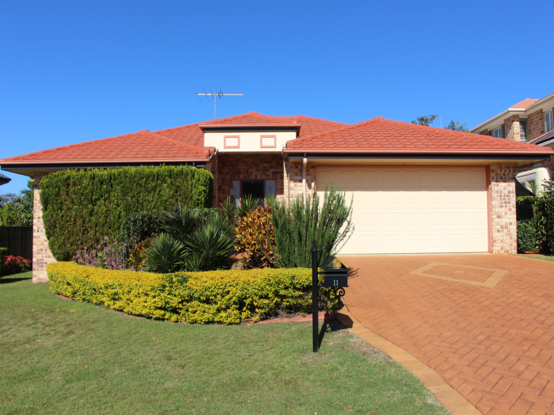 11 Sunray Place, Birkdale, Qld 4159
